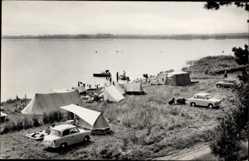 Ak Luftkurort Plau am See, Blick auf den Zeltplatz am See, Autos, Camping