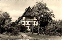 Postcard Bergen Vogtland, Blick auf die Jugendherberge Thomas Müntzer