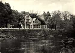 Postcard Naumburg an der Saale, Konsum Gaststätte Alter Felsenkeller, Flusspartie