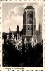 Postcard Gdańsk Danzig, Blick auf die St. Marienkirche, Giebelhäuser