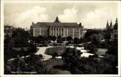 Postcard Legnica Liegnitz Schlesien, Hindenburgplatz, Regierungsgebäude