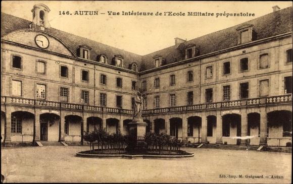 Carte postale autun cpa 71, vue interieure de l'ecole militaire