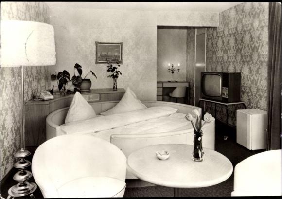 ansichtskarte postkarte rostock warnem nde hotel neptun zimmer fernseher. Black Bedroom Furniture Sets. Home Design Ideas