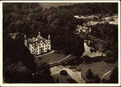 Postcard Ahrensburg, Blick auf das Schloss und Umgebung, Fliegeraufnahme