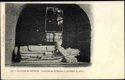 Cp Candes Indre et Loire, vue générale du Tombeau de St. Martin