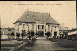 Cp Dreux Eure et Loir, vue générale de l'Hôpital Hospice, Cour d'Honneur