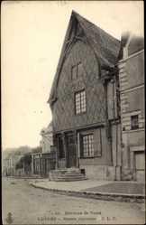 Cp Luynes Indre et Loire, vue générale de la Maison Ancienne
