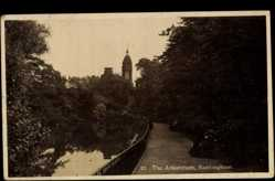 Postcard Nottingham East Midlands, general view of the Arboretum