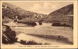 Postcard Veles Mazedonien, Blick auf den Ort von Süden, aus fahrendem Zug aufgenommen