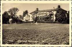 Foto Ak Baar Ebenhausen, Blick auf das Sanatorium, Wiese, Baum