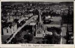 Ansichtskarte / Postkarte Riesa an der Elbe Sachsen, Fliegeraufnahme, Kirche, Umgebung