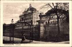 Postcard Ludwigsburg in Baden Württemberg, Blick auf das Schloss, Eingangstor