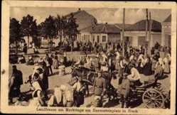 Postcard Niš Nisch Serbien, Landfrauen am Markttage am Havensteinplatz