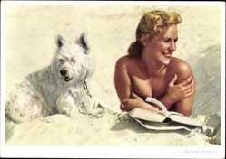 Ak Zweierlei Interessen, Blonde Frau am Strand, West Highland White Terrier