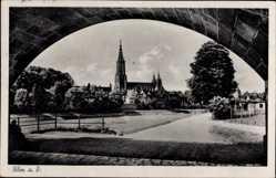 Postcard Ulm an der Donau Baden Württemberg, Blick auf die Kirche, Weg