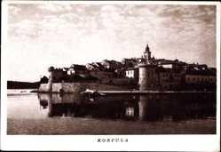 Postcard Korcula Kroatien, Blick vom Wasser zur Stadt, Turm, Mauern