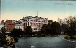 Postcard Dublin Irland, View of Shelbourne Hotel, facade, lake