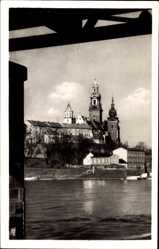 Postcard Kraków Krakau Polen, Blick auf die Burg von der Weichselseite aus