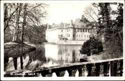 Postcard Mönchengladbach in Nordrhein Westfalen, Blick v.d. Brücke auf Schloß Dick