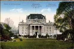 Theater mit Schillerdenkmal