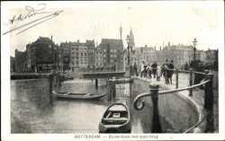 Binnekade met open brug