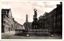 Maximilianstraße mit Herkulesbrunnen