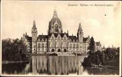 Rathaus vom Maschpark aus