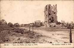 Les Halles aux draps en 1919