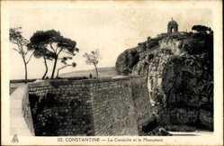 Corniche, Monument