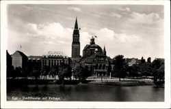 Stadttheater, Rathaus
