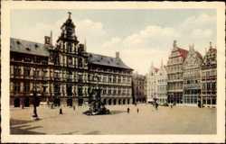 Grande Place avec Hotel de Ville