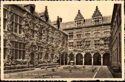 Cour du Musee Plantin